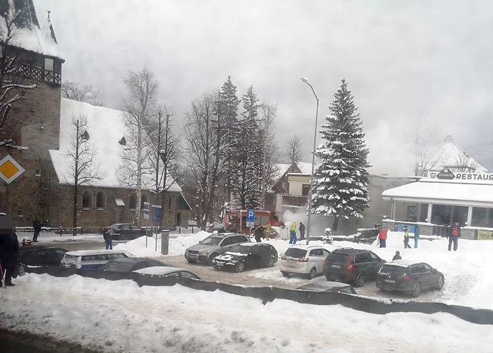 Karpacz: Pożar jeepa w Karpaczu