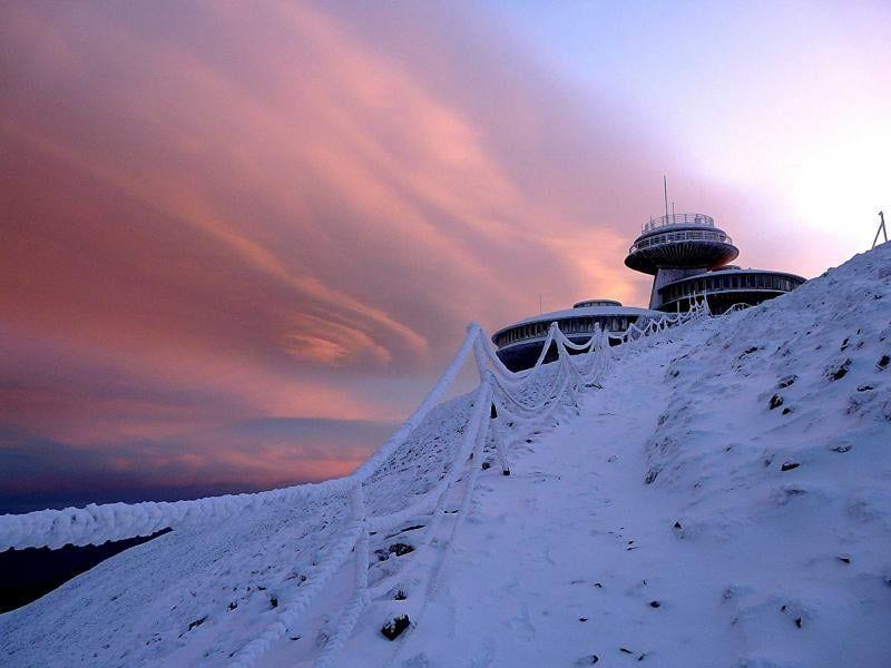 Karkonosze: Odnotowano lutowy rekord ciepła na Śnieżce