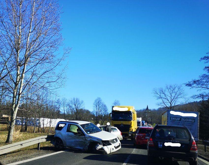 Radomierz: Zderzenie trzech aut