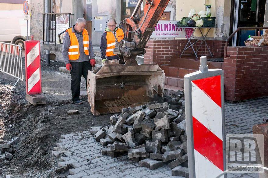 Kamienna Góra: Wznowiono remont ulicy