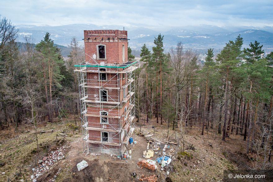 Jelenia Góra: Wieża nadal w remoncie