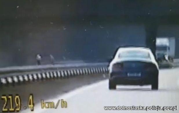 Region: Pędził 219 km/h