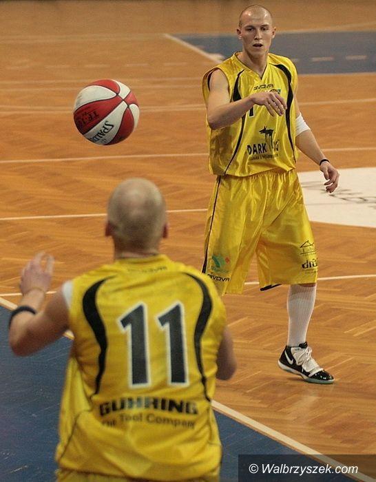 Wrocław: III liga: Dark Dog wciąż na fali. Czas na półfinały