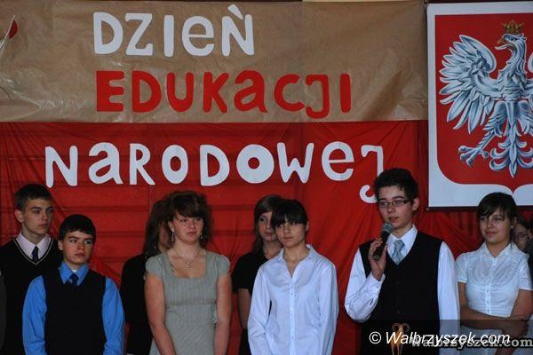 REGION, Głuszyca: Uroczyste obchody Dnia Edukacji Narodowej