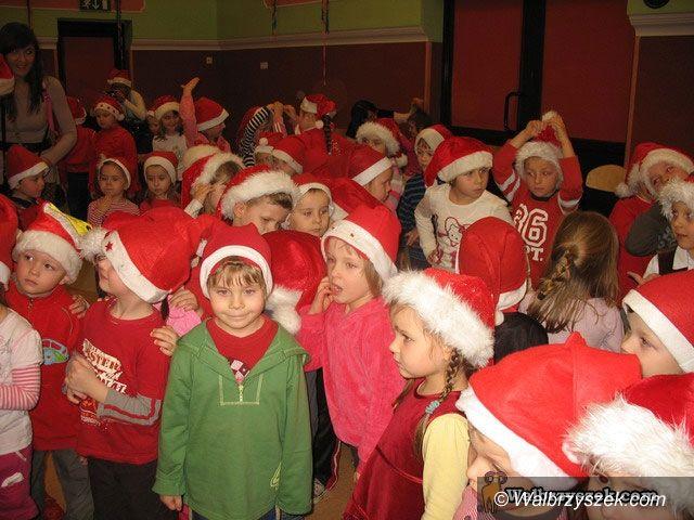 Wałbrzych: Mikołaj przybył do OSK