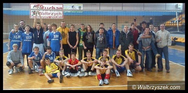 Wałbrzych: Finały gimnazjady w siatkówce