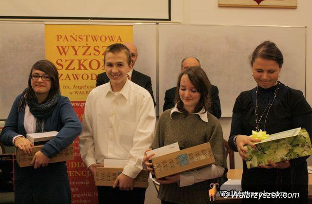 Wałbrzych/REGION: Przedsiębiorcza młodzież nagrodzona