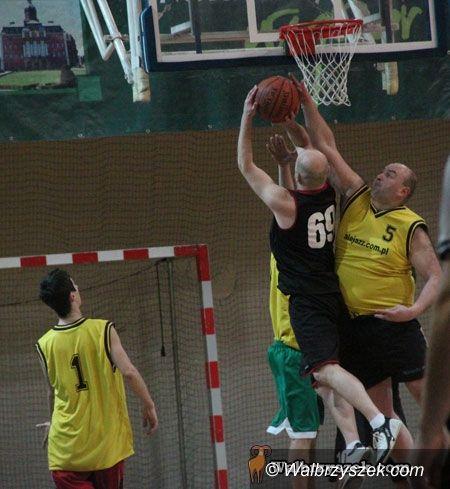 Wałbrzych: Amatorska Liga Koszykówki nabiera tempa
