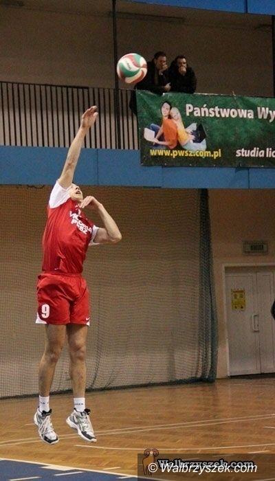 II-liga siatkarzy: Siatkarze grają o play–offy