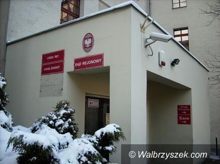 REGION, Szczawno-Zdrój: Napad z… odmrażaczem w ręku
