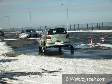 Wałbrzych: Zostań Bezpiecznym Kierowcą – konkurs dla kobiet – NAGRODA DLA CZYTELNICZEK