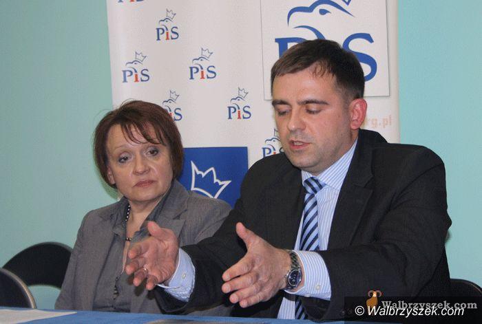 Wałbrzych: PiS krytykuje Kruczkowskiego i Szełemeja