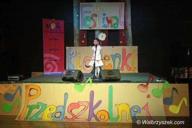 Wałbrzych: Od trzydziestu lat przedszkolaki śpiewają w WOK–u