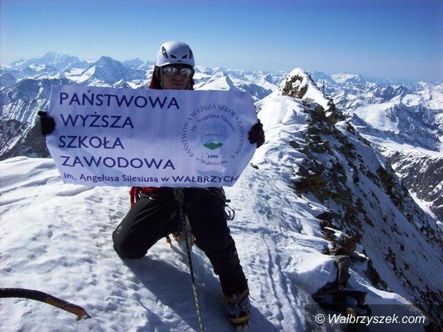 Wałbrzych: Absolwent PWSZ na górskim szczycie