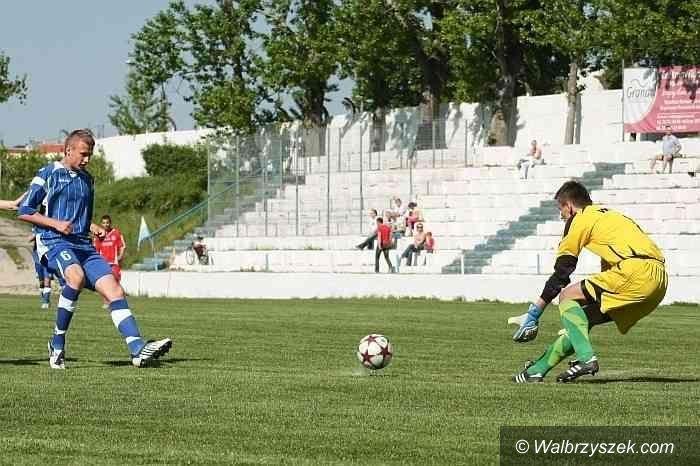 IV-liga piłkarska: Orkan znów lepszy od Prochowiczanki, zwycięstwo MKS–u – podsumowanie IV–ligi