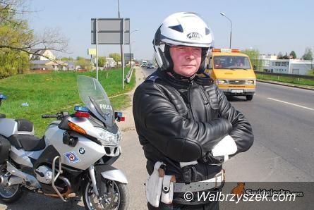Wałbrzych: Policja będzie kontrolować częściej samochody w czasie Wszystkich Świętych