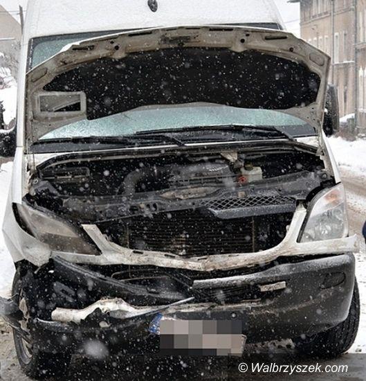 Głuszyca: Zderzenie trzech aut w Głuszycy