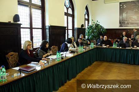 Wałbrzych: Opozycja jest przeciwna zaciągnięciu kolejnego kredytu