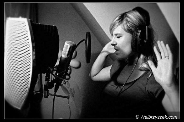Wałbrzych: Edyta Nawrocka współpracuje z raperem Smutą