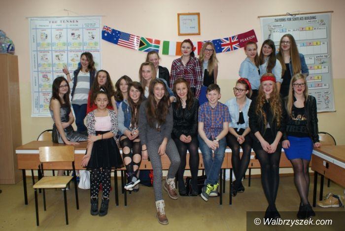REGION, Boguszów-Gorce: Konkurs Piosenki Obcojęzycznej Karaoke w Gimnazjum nr 1 w Boguszowie – Gorcach