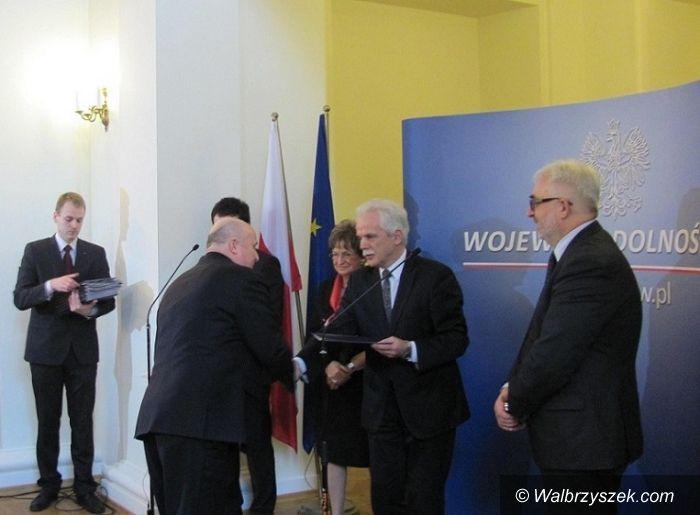 Region: Gmina Czarny Bór beneficjentem promes z Ministerstwa Administracji i Cyfryzacji