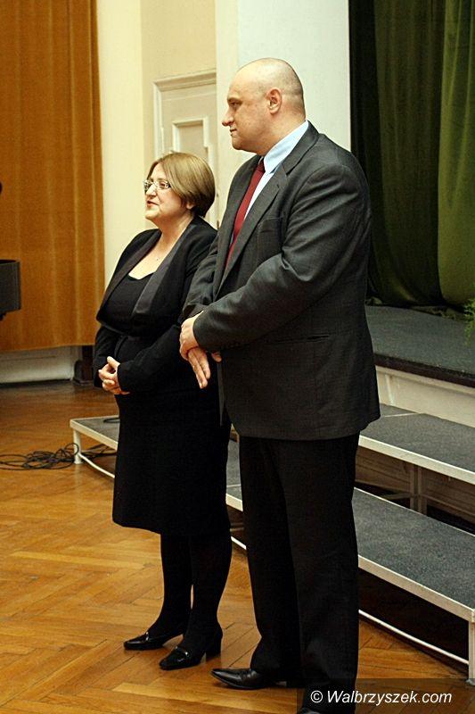 """Wałbrzych: Wystawa ,,Historia opowiedziana…"""" w ZS1"""
