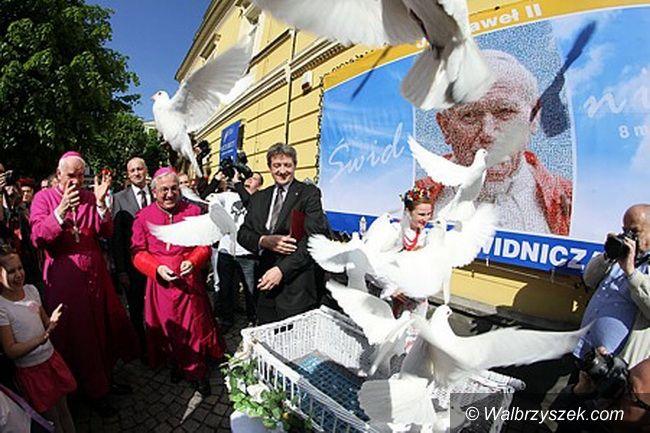 Region: Patron Świdnicy Jan Paweł II świętym – Świdnica pamięta