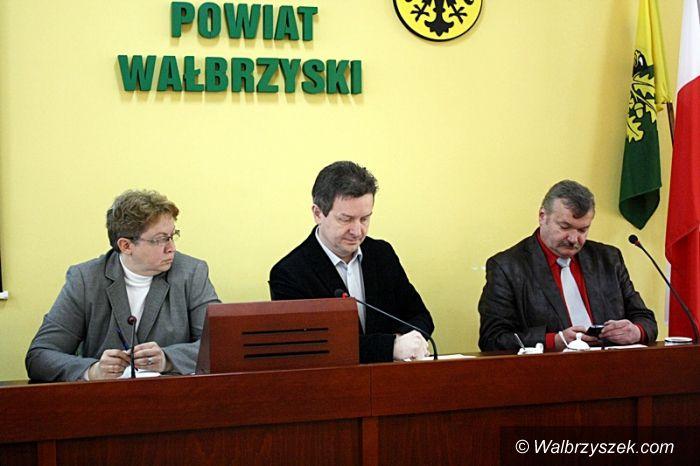 powiat wałbrzyski: Powiat nie dołoży się do budowy lodowiska w Jedlinie Zdroju