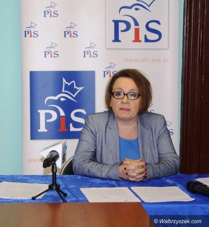 Wałbrzych: Posłanka Zalewska ma całą listę zarzutów wobec polityków PO