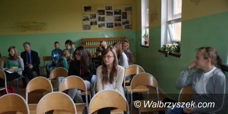 REGION, Boguszów-Gorce: Radny Sosiński spotkał się z młodzieżą z Gimnazjum nr 1 w Boguszowie – Gorcach