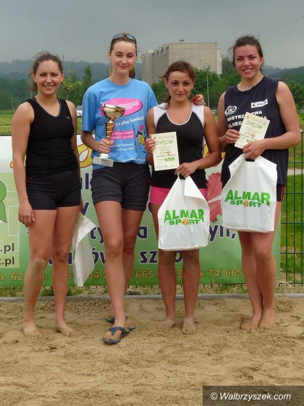 Wałbrzych: DNI PODZAMCZA – Turniej Siatkówki Plażowej