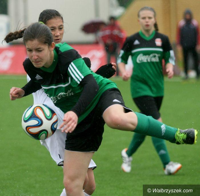 Kraj: Dziewczęta z Boguszowa–Gorc w wielkim finale Coca Cola Cup