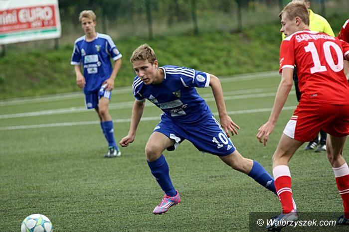 Wałbrzych: Piłkarska młodzież Górnika grała w kratkę