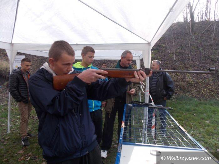 Wałbrzych: Turniej strzelecki w 1–30 Hufcu Pracy w Wałbrzychu