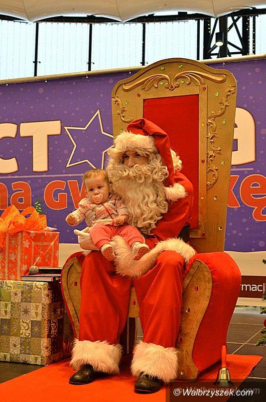 Wałbrzych: Święty Mikołaj odwiedził Galerię Victoria