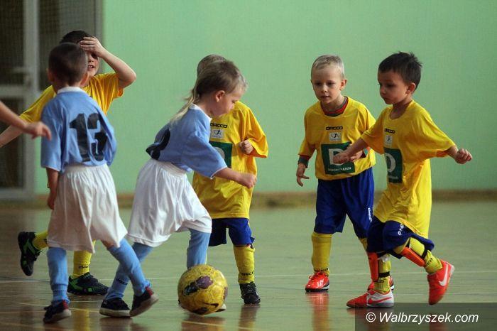 Kłodzko: Najmłodsi piłkarze MKS–u na turnieju w Kłodzku
