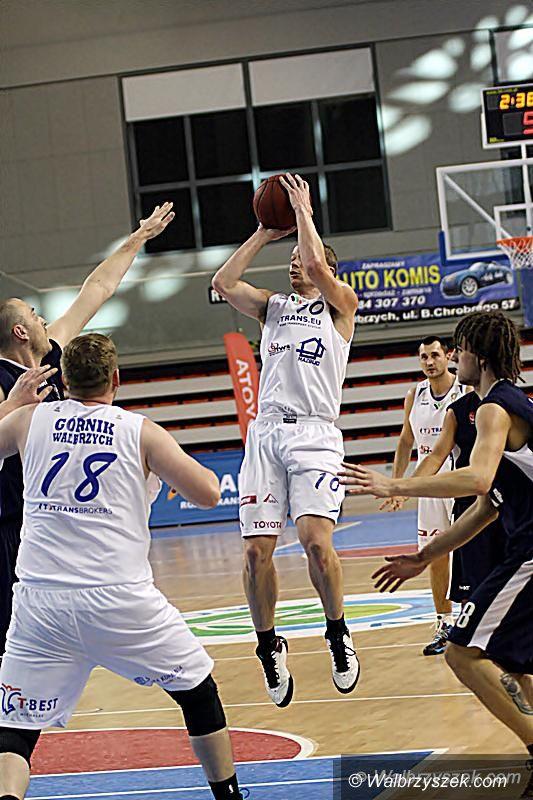 Katowice: II liga koszykówki: Z liderem o zwycięstwo