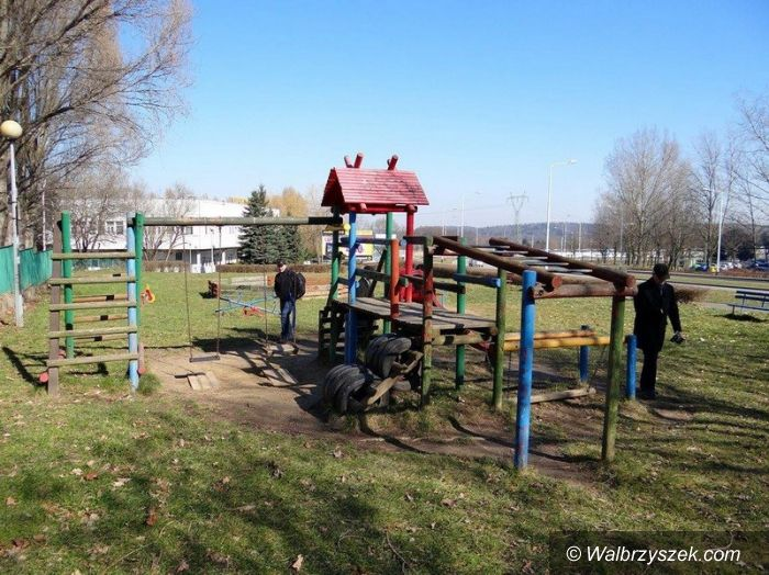 Wałbrzych: Wiosenny przegląd placów zabaw