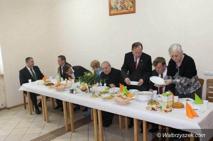 Region: Świebodzice: Śniadanie wielkanocne i paczki