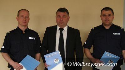 Wałbrzych: Policjanci uratowali życie dwóm osobom