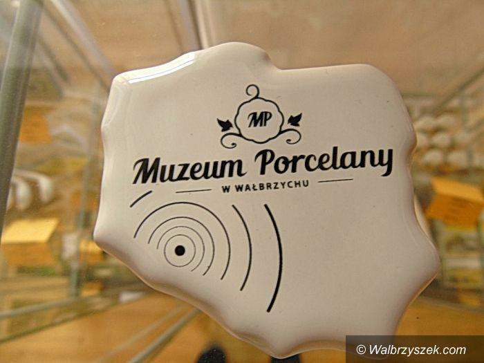 Wałbrzych: Gadżety z logo Muzeum Porcelany