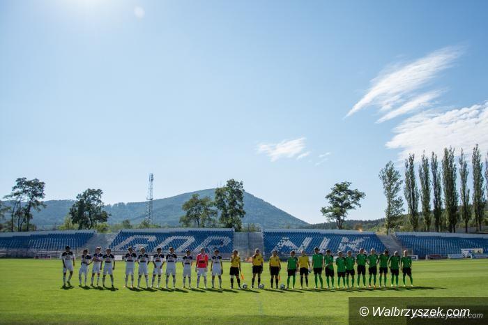 Kraj: Ekstraliga piłki nożnej kobiet: Nie ma powodu do paniki