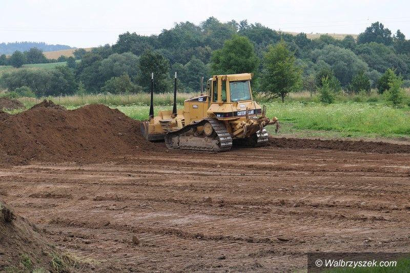 REGION, Stare Bogaczowice: Wybudują nowe boisko