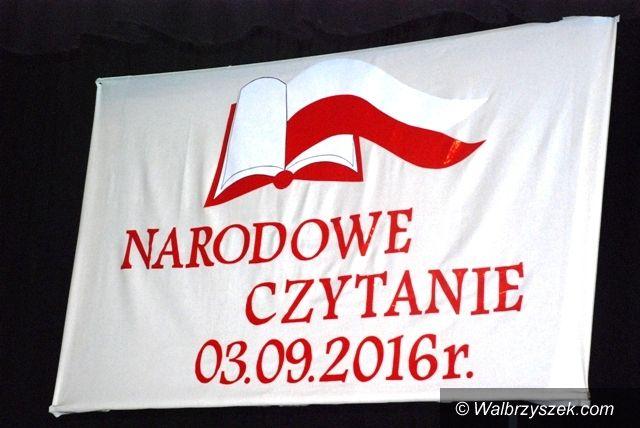 """REGION, Głuszyca: Narodowe Czytanie z """"Dumką na dwa Serca"""" w Głuszycy"""