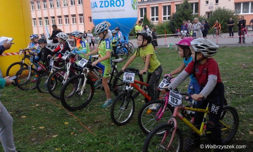 Wałbrzych/REGION: Młodzi kolarze zaczęli rywalizację
