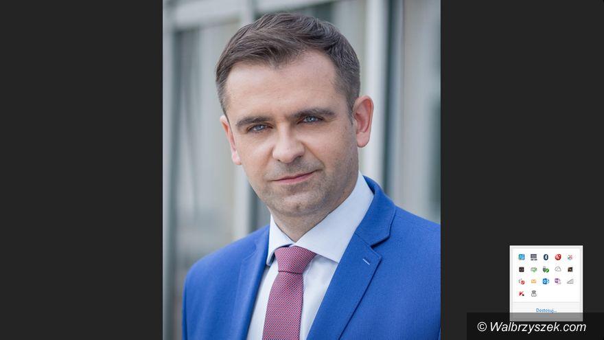 REGION: Skontrolują dyrektorskie umowy