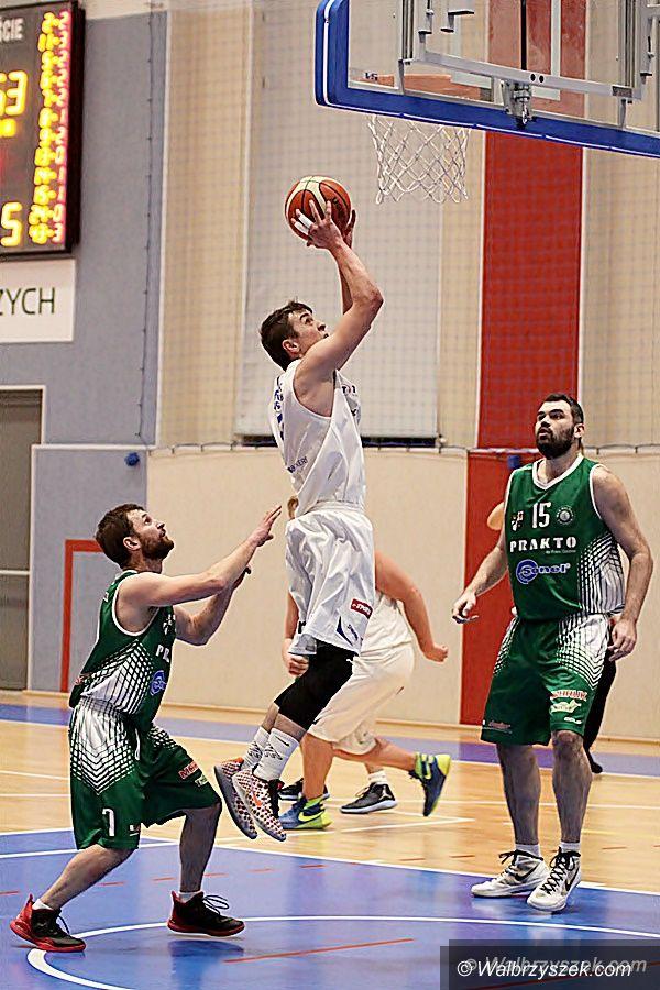 Wałbrzych: III liga koszykówki: Rezerwy Górnika lepsze od świdniczan