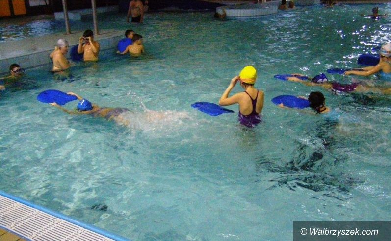 REGION, Głuszyca: Bezpłatne lekcje pływania dla głuszyckich uczniów