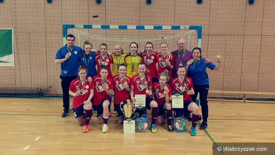 Wałbrzych: PWSZ Wałbrzych Akademickim Mistrzem Polski w futsalu kobiet