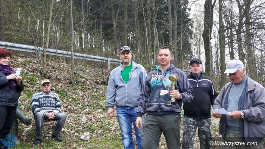 REGION, Zagórze Śl.: Wędkarze łowili w Zagórzu Śląskim